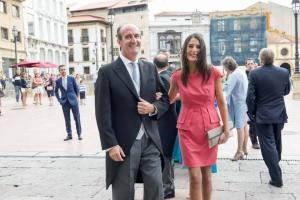 Fernando Kelly, presidente de la Cámara de Comercio y dueño de Azvase, entrando la boda del ex alcalde Caunedo